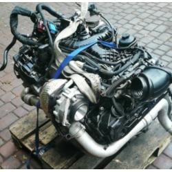 Moteur  AUDI A6  3.0TDI 218...